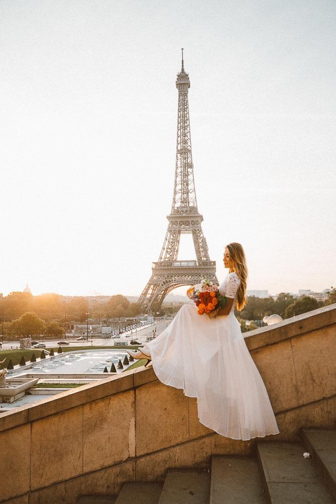 Parisian bride, BHLDN, wedding, Paris, roses, lace