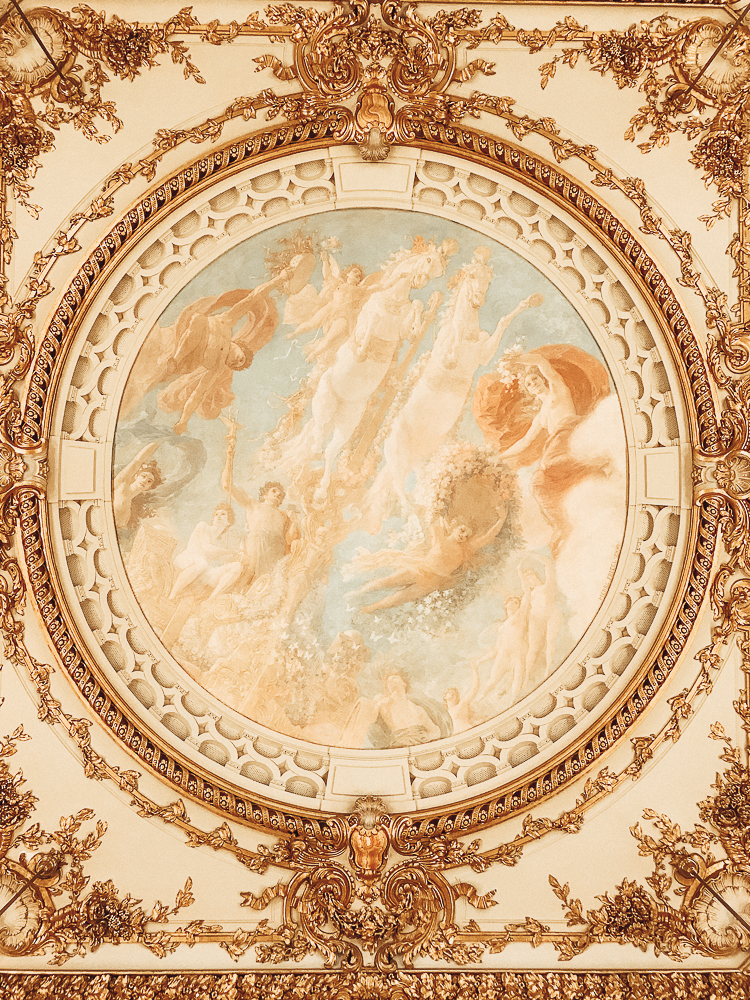 Musee d'Orsay ballroom